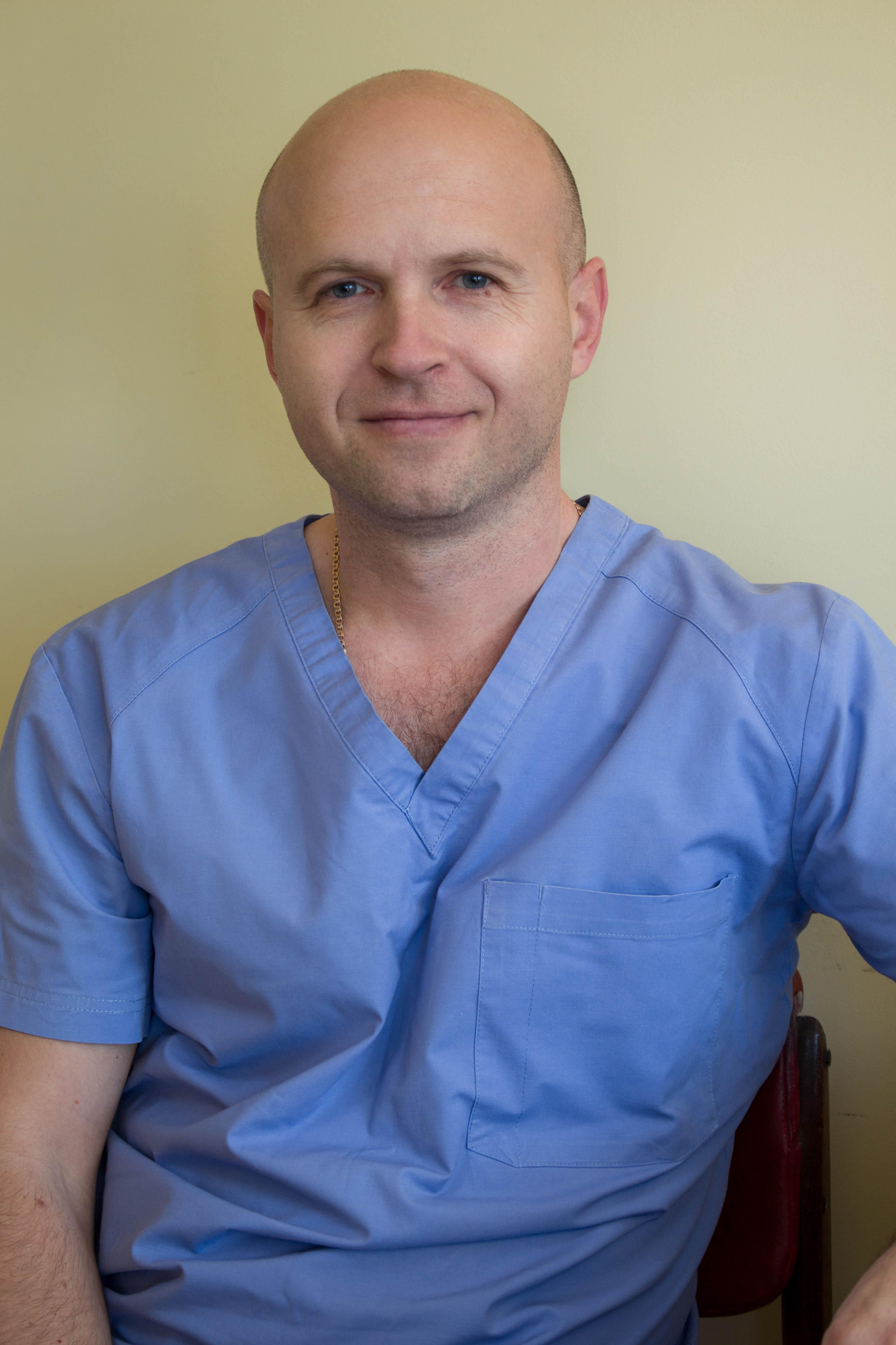 Кулик Андрей Александрович - врач хирург, флеболог.  Высшая категория. Стаж более 20 лет.