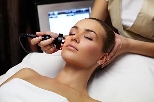 Лечение проблемной кожи в центре Лоридан Плюс