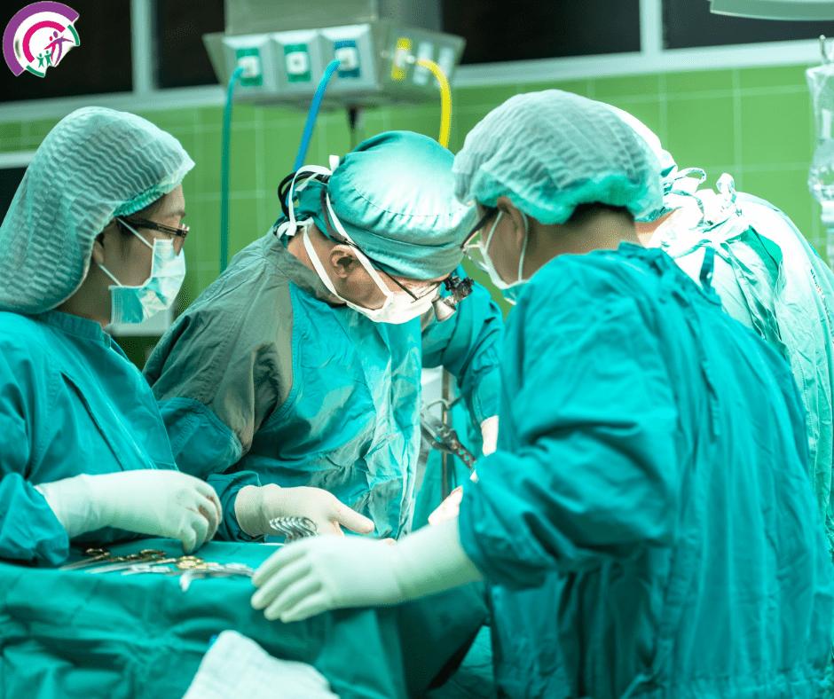 Лікар хірург. Хірург Харків в центрі лазерних технологій Лорідан.