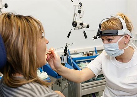 Для заболеваний ЛОР Лазер - эффективен для хирургического лечения.